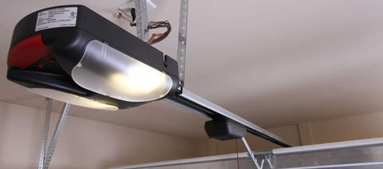 Sommer garage door opener brand Milwaukee
