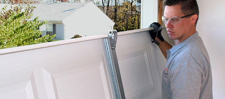 Garage Door Panel Replacement in Wayne County, MI